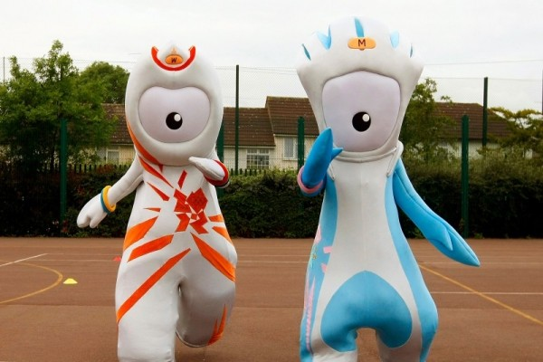 Wenlock and Mandeville in the playground